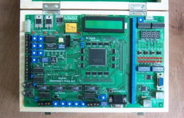 SPARTAN-3 FPGA TRAINER KIT Model VLS-03